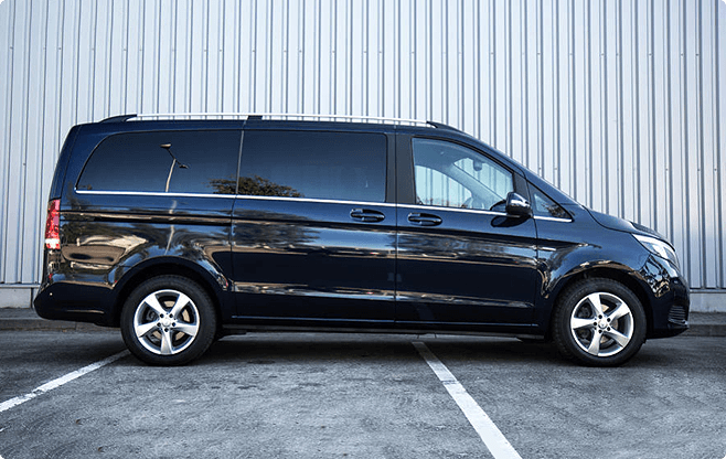Berlin Mini Buses & Vans - Mercedes Benz V-class - Side View